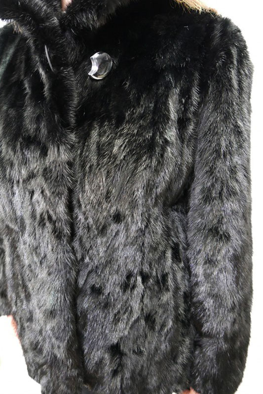 Kurtka z norek, kolor czarny