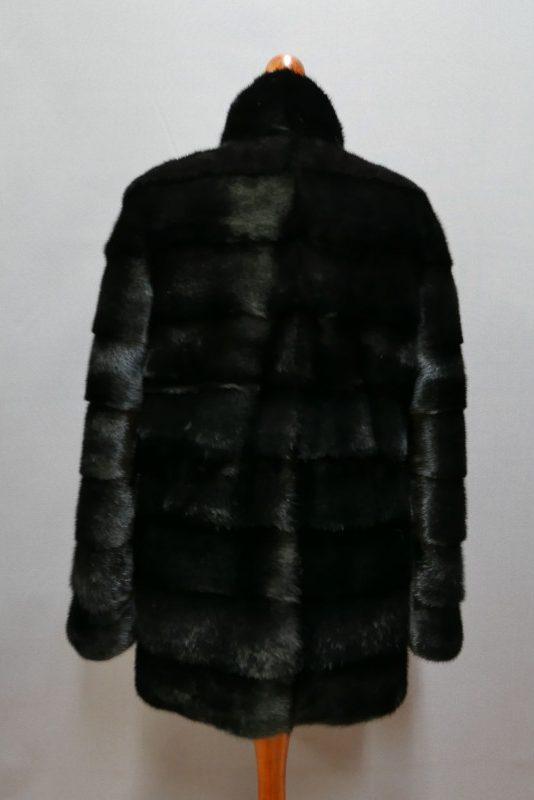 Kurtka z norek, kolor czarny, r. M